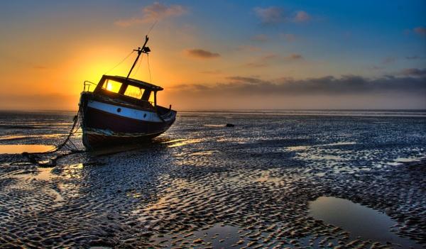 low tide sunrise by alanb