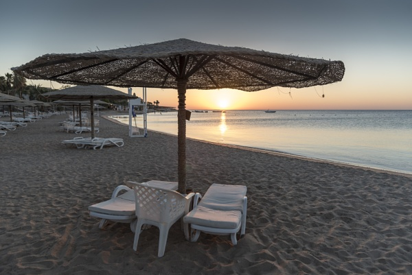 Hurghada Sunrise by IainHamer