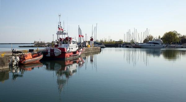 Canadian Coast Guard by banehawi
