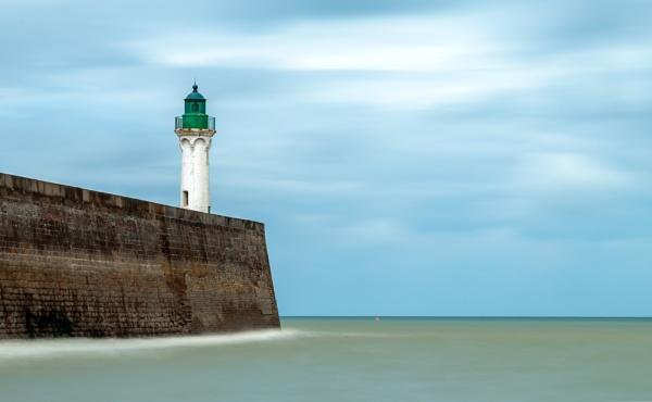 Lighthouse of Saint-Valery-en-Caux (Haute Normandie) by Guy241218
