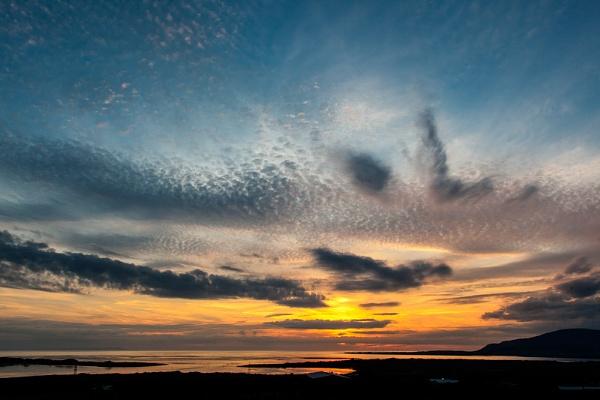 sunset by STUARTHILL758