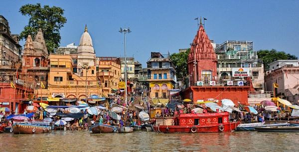 Dashashwamedh Ghat Varanasi by sawsengee