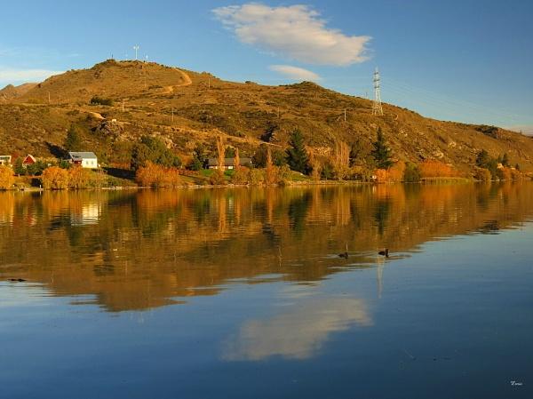 Lake Dunstan 5 by DevilsAdvocate