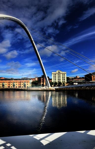 Gateshead Millennium Bridge vignette 1 by ross15775