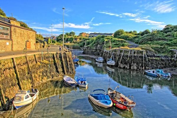 Amlwch harbour by pks