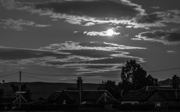 Moonlight over Walnut Grove by billmyl