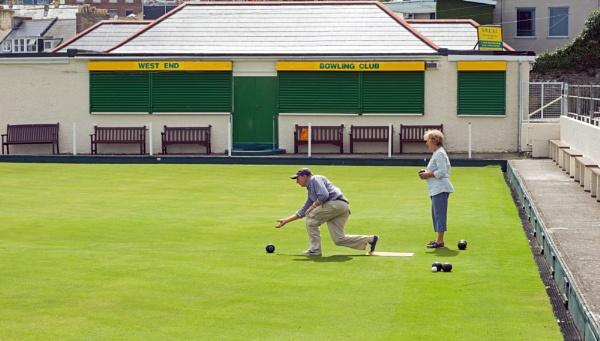 Bowls practice by Madoldie