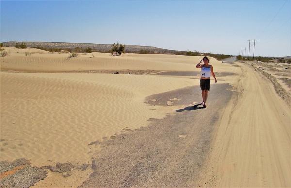 Desert Highway by PentaxBro