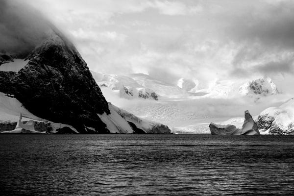Mono Antarctica by brianwakeling
