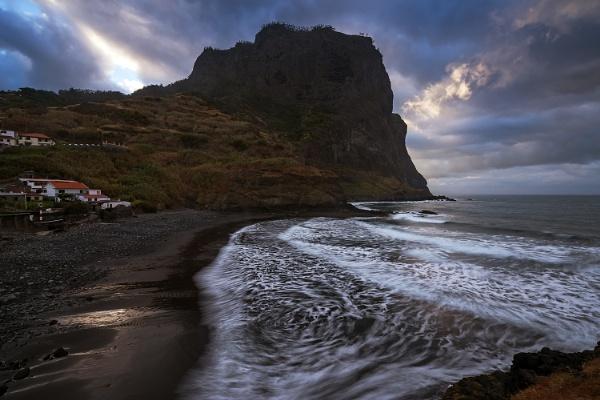 Madeira. Gulf of Potro da Cruz by jerryiron