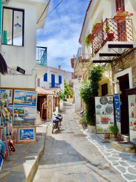 Skiathos Town by johnhiggins