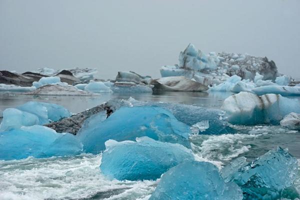 Jokulsarlon iceberg lagoon by jinstone