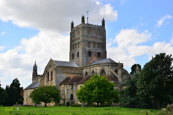 Tewkesbury Abbey by jb_127