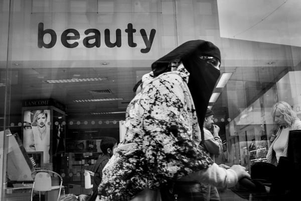 Burqa III by optik