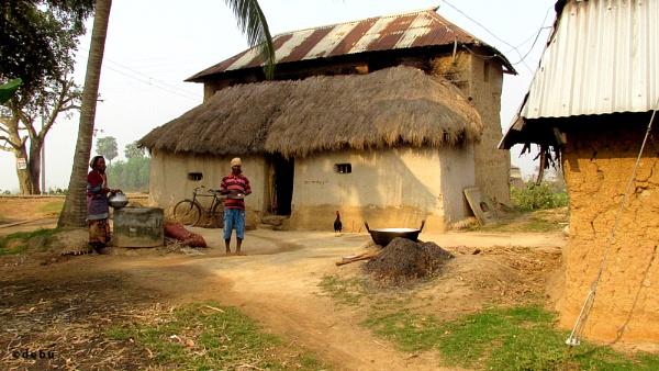 :Two-story Mud House by debu