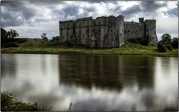 Carew Castle by daibev