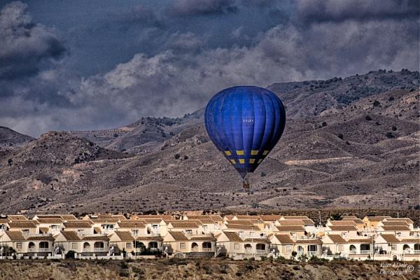 Balooning by Pejadee