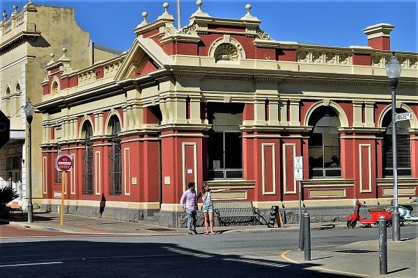 Fremantle Architecture by geoffgt