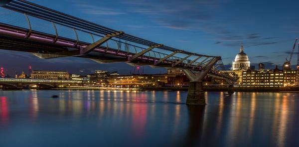 Twilight Thames by Jasper87