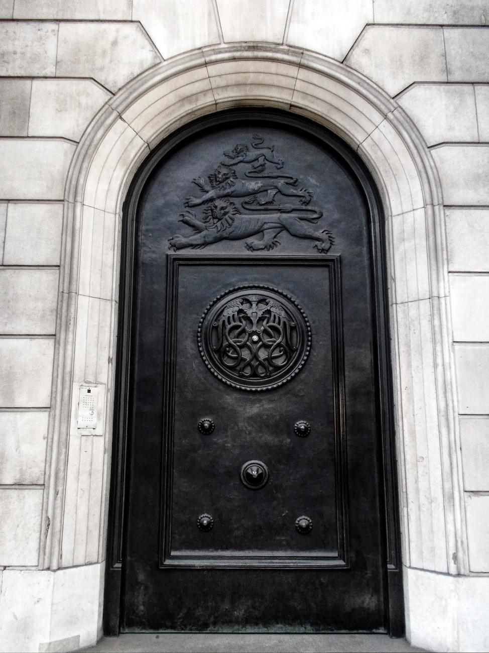 Door to the Bank of England