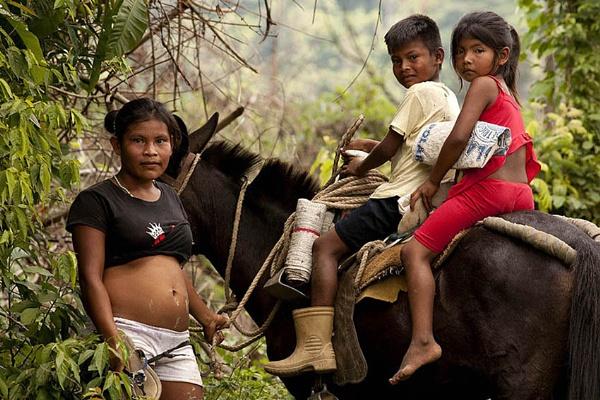 Niños Yukpa by GBauer