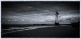 Photo : Perch Rock Lighthouse.