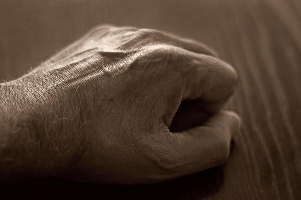 Tired hand... by Zenonas