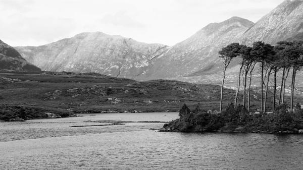 Connemara, West of Ireland by tonycullen