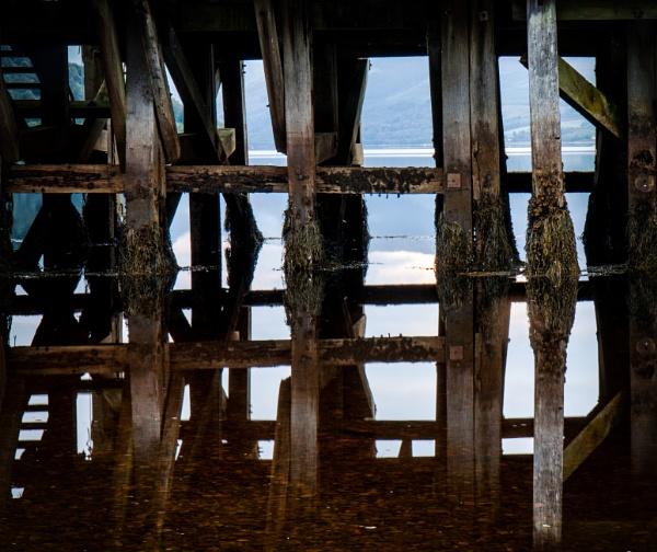 Fyne Reflection by Vambomarbleye