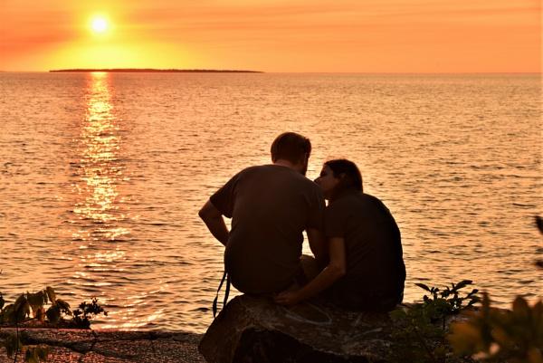 Love on the rocks by djh698