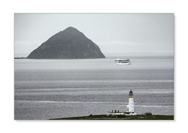 Ailsa Craig & Pladda Lighthouse by TrotterFechan