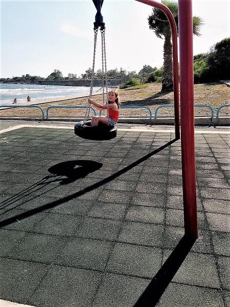 Swinging Shadows by geoffgt