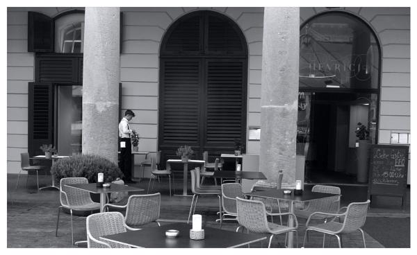 the waiter by bliba