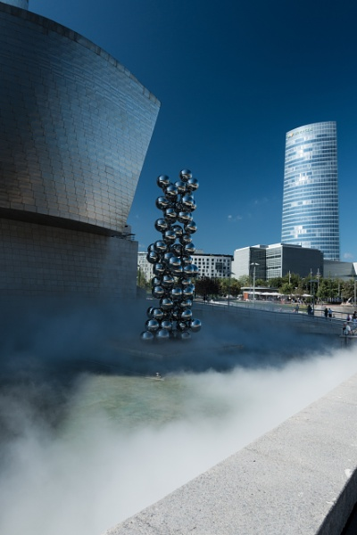 Guggenheim in the mist by Nigel61