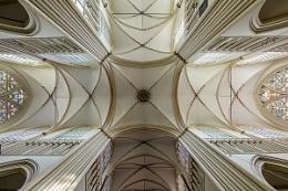 Looking up inside Sint-Salvatorskathedraal, Brugge