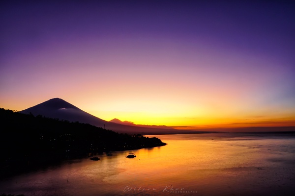 Colorful sunset at Bali, Indonesia by wskhor2002