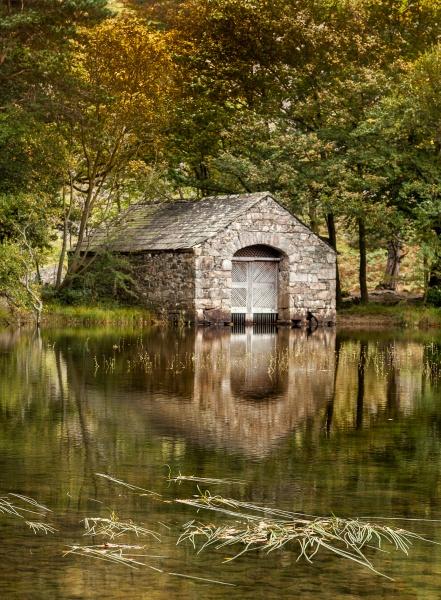 The boathouse by Bigpoolman