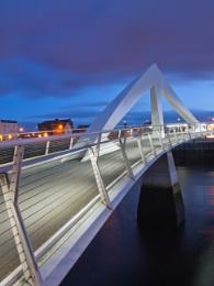 Squiggly Bridge