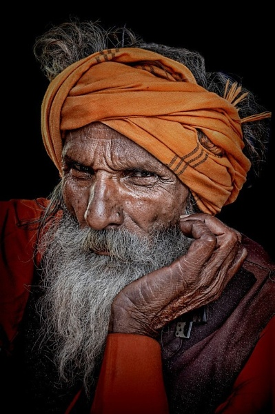 sadhu with an attitude....... by sawsengee