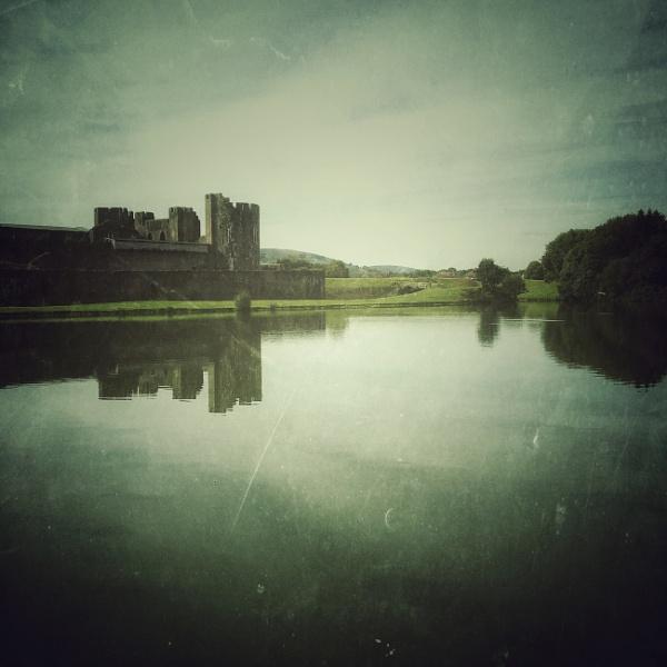 Caerphilly Castle by Merlin_k