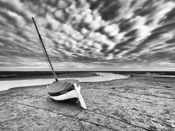 Blakeney at Low Tide by mlanda
