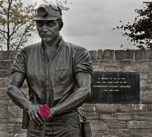 The Auchengeich Miner by Vambomarbleye