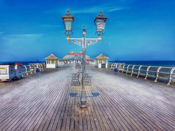 Cromer Pier by Metro6R4