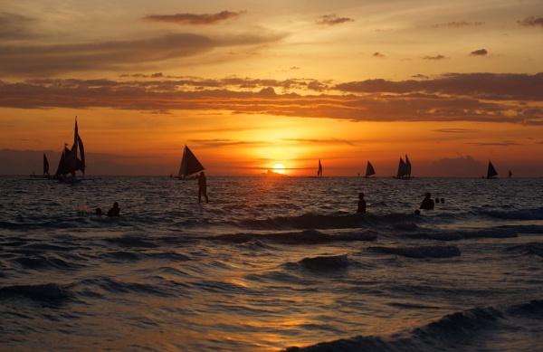 Boracay island sunset by Chriscr