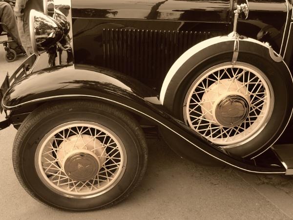 Wheels by Zenonas