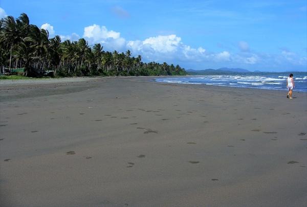 Black Sand Beach by PentaxBro