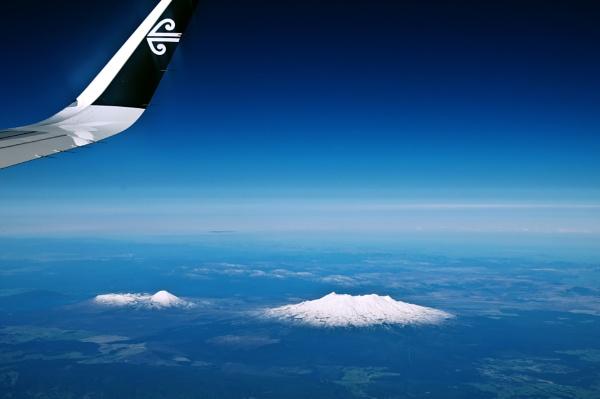 Mt. Ruapehu NZ by barryyoungnz