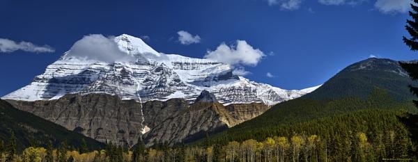 Mount Robson, BC. Canada by Aeros