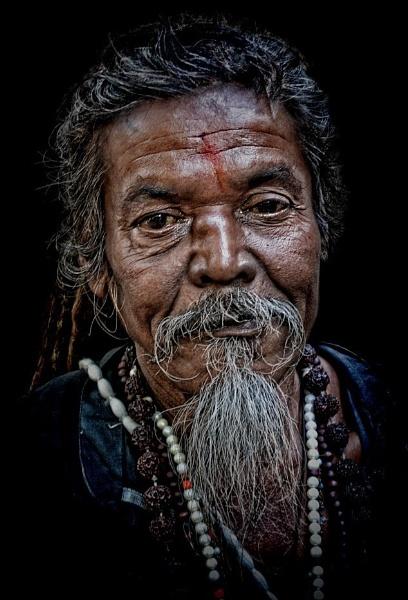 hindu devotee by sawsengee
