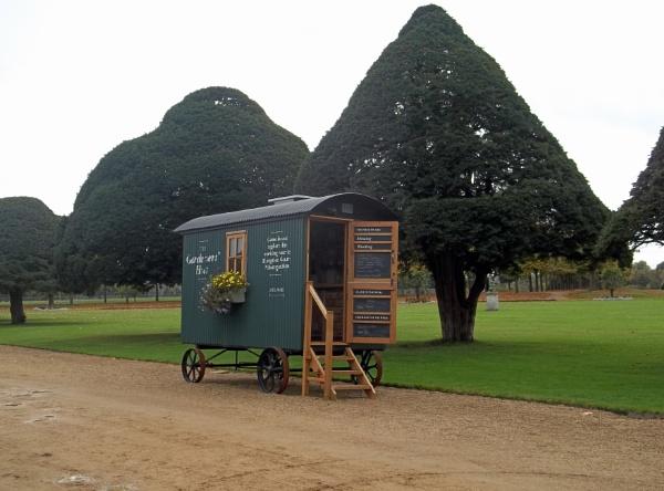 The Gardeners\' Hut by Hurstbourne